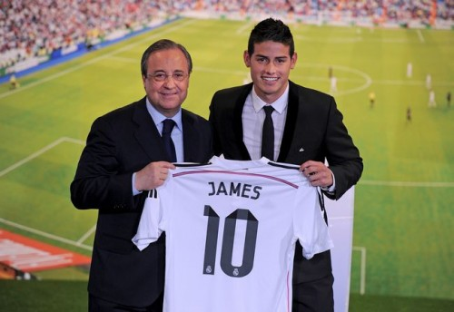 レアル移籍のJ・ロドリゲスが入団発表、背番号は「10」に決定