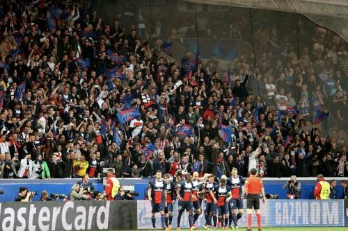 UEFAがPSGに対しCLでのスタジアム一部閉鎖の制裁…ファンの差別行為で