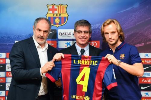 ラキティッチ、バルサからのオファーに迷いなし…同クラブ移籍を即決