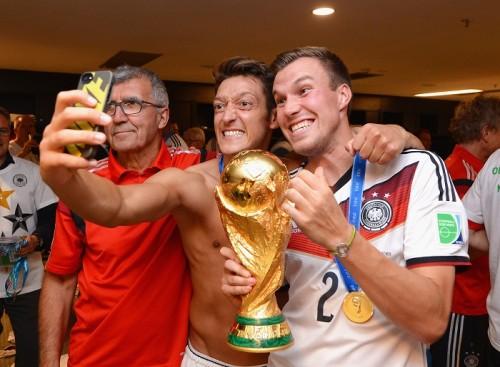 W杯優勝の余波はSNSにも…ドイツ代表選手のフォロワー数が急上昇