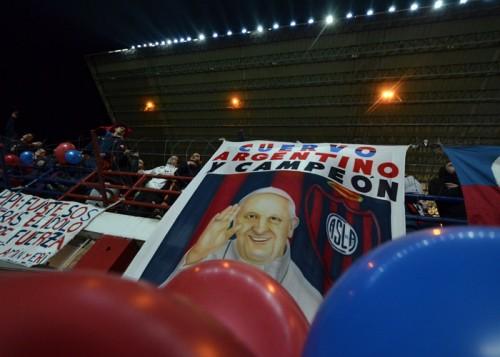 ローマ法王の愛するクラブ、サン・ロレンソが初の南米王者