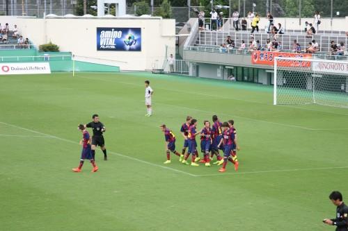 大会連覇へバルセロナが全少準優勝の柏U-12退け、決勝進出