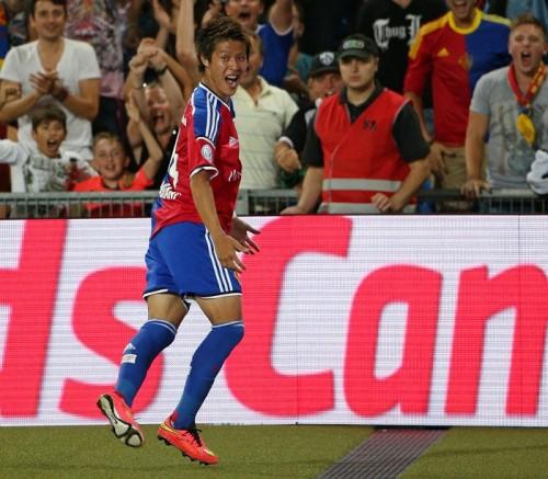 柿谷が本拠地デビュー戦でスイス初ゴール、初アシストも記録で開幕4連勝に貢献