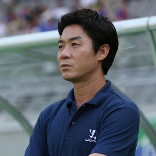 首位のサガン鳥栖、シーズン途中で尹晶煥監督との契約解除を発表