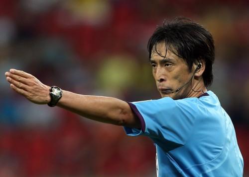 W杯でも主審を務めた西村雄一氏、J1通算200試合担当を達成