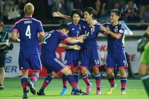 まだまだ険しい4-3-3完成への道も、武藤・柴崎ら新戦力の躍動には手応え