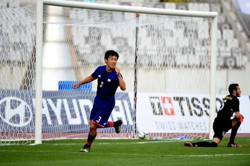 日本が鈴木武蔵らの4ゴールで快勝…アジア大会2連覇へ準々決勝進出
