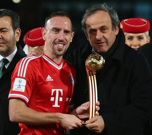 UEFAのプラティニ会長、リベリーの仏代表引退を認めない意向