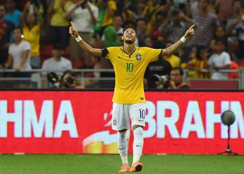 22歳でブラジル歴代5位の40得点…ネイマール、王国復権の旗手