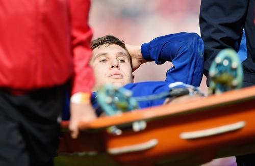 エヴァートンDFストーンズが年内絶望…左足首負傷で手術へ