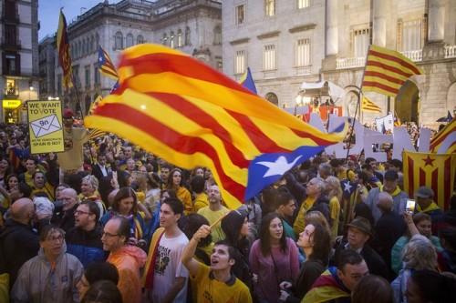 カタルーニャ州独立問題、バルセロナは支持、エスパニョールは中立