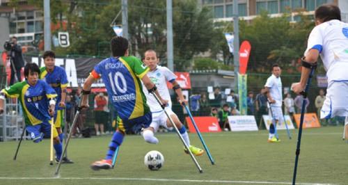 もう一つのワールドカップを目指して。手足を失った人たちのアンプティサッカー日本選手権。