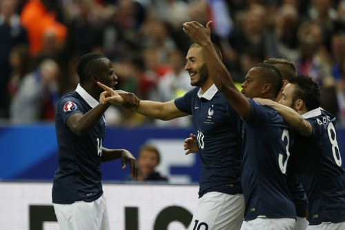 ベンゼマ&ポグバ弾のフランス、ホームで新体制ポルトガルに勝利