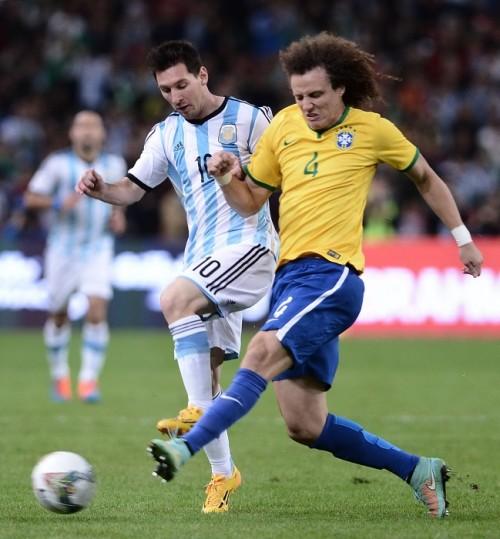 日本と対戦控えるブラジル、アルゼンチンに完封勝利…タルデッリが2得点