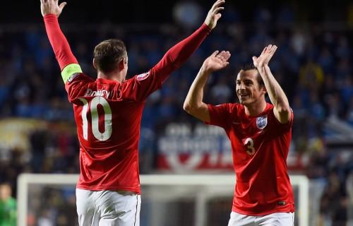 ルーニーの直接FKでイングランドがエストニアに辛勝