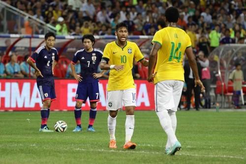 圧巻ネイマール、貫録の4得点で日本沈める…ブラジルが完勝