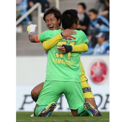決勝点アシストの石川「まさかGKが決めるとは」…J1昇格プレーオフ