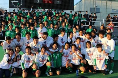 1カ月勝ちなし、エース離脱…専修大、苦しみの末に一丸で掴んだ4連覇/関東大学リーグ