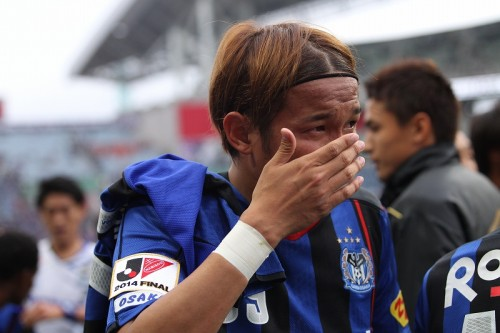 涙のタイトル獲得、宇佐美「気持ちを抑えることができなかった」
