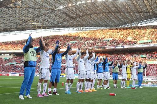天王山はG大阪に軍配…終盤の2得点で首位浦和を下し3冠に望み繋ぐ
