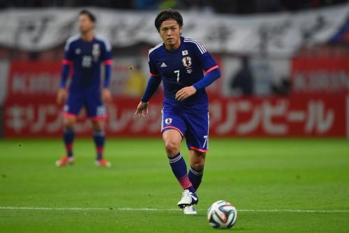 本田や香川らが子どもにファンサービス…遠藤は代表戦のよさを再認識