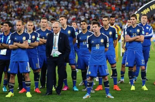 ブラジルW杯準優勝のアルゼンチン、23選手の名前で埋め尽くされた町が出現