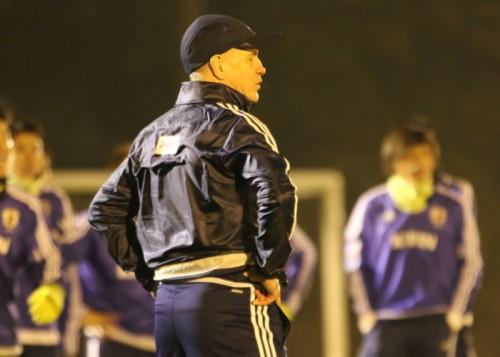 アジア杯連覇に向けて始動…アギーレ監督「タイトル守る力がある」