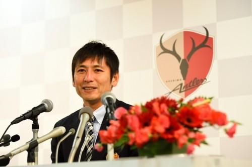 中田浩二、引退会見「鹿島は僕のすべて、ここで現役を終えることを選んだ」