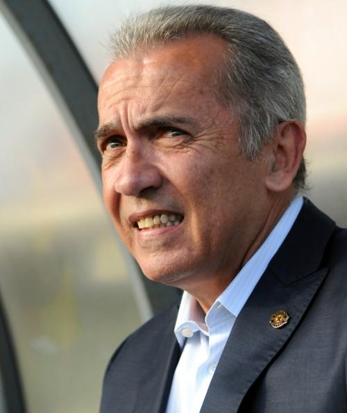 神戸がネルシーニョ氏の監督就任を発表…今季まで柏を5年半指揮