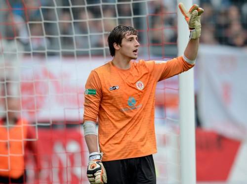 ドイツ人GKデビュー戦で6失点し、契約からわずか3カ月でクビに