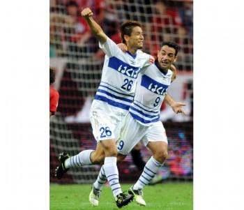 Urawa Red Diamonds v Ventforet Kofu- J.League 2013