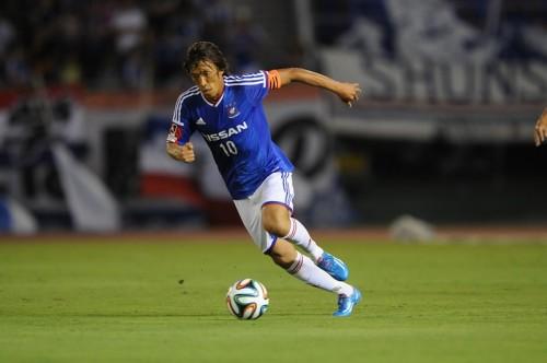横浜FM、中村俊輔のキャプテン就任を発表…井原氏と並ぶ5年連続