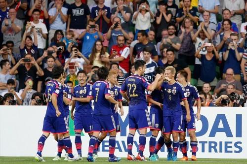 本田が3戦連弾&香川は代表9戦ぶり得点…日本3連勝でアジア杯、グループ首位通過