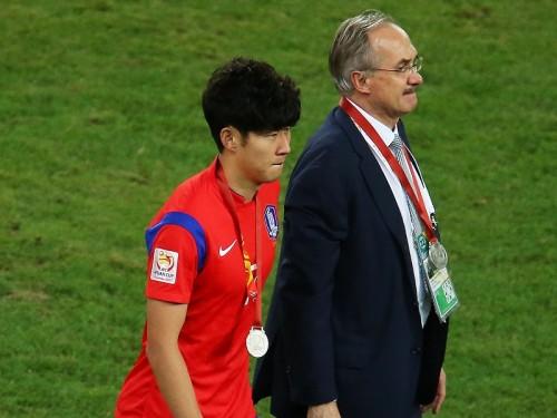 韓国代表指揮官、アジア杯準優勝も選手たち称え「負けに値しない」