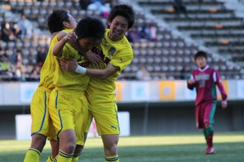 立正大淞南の堅実なSB平田健人…スーパーゴールを呼んだ元代表直伝の攻撃参加