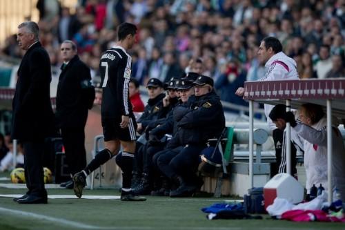 コルドバ戦で一発退場のC・ロナウド…レアル加入後、5度目の退場