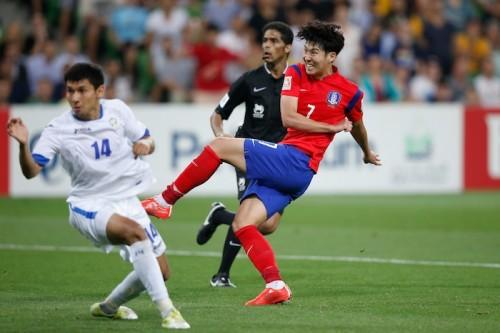 延長突入の韓国、ソン・フンミンの2発で激闘制し4強へ…4試合連続完封