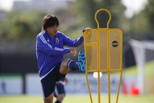 インサイドハーフ組む香川に期待する遠藤「相手の脅威になれる選手」