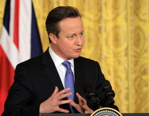 英首相もチェルシーファンの差別問題に言及「非常に深刻な問題」