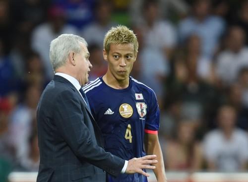 本田、代表監督に言及「別に日本人でもいいのでは?…岡田さんでも」