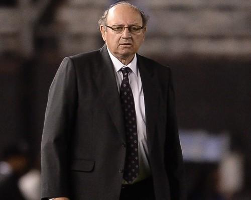 ユーロ予選で低迷するギリシャ、新監督にマルカリアン氏が就任