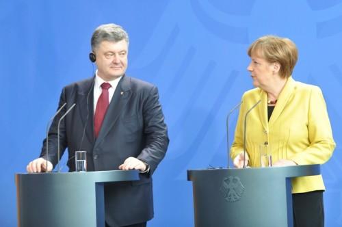 ウクライナ大統領、各国に2018年ロシアW杯のボイコットを訴える