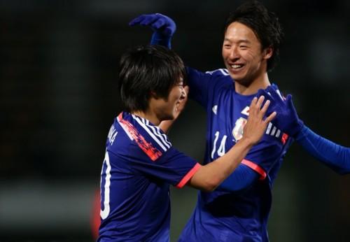 鈴木、中島が4ゴールの大爆発…U-22代表が大勝で五輪予選に弾み