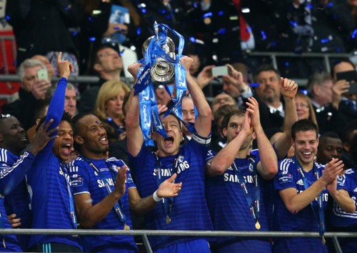 主将テリーが決勝点…チェルシーが8年ぶり5度目の英リーグ杯制覇