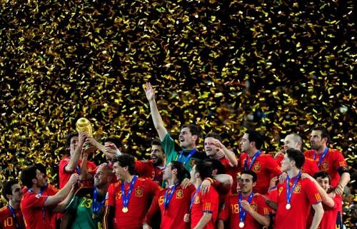 最新FIFAランク、スペインが8年ぶりベスト10落ち…日本は53位