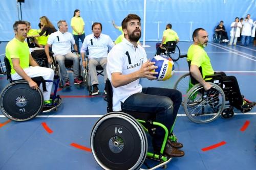ピケ、車いすバスケ体験でスポーツの力を再認識「全ての人に有益」