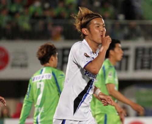 宇佐美、4戦連続ゴールで得点ランクを独走…G大阪は4連勝で2位浮上