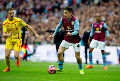 FAカップの新星がソックスを下げてプレーする理由…選手独自のゲン担ぎとは?
