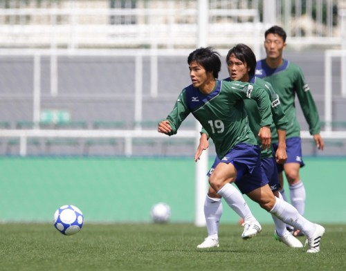 慶應大MF端山が存在感を発揮…最終メンバー入りなるか/全日本大学選抜合宿