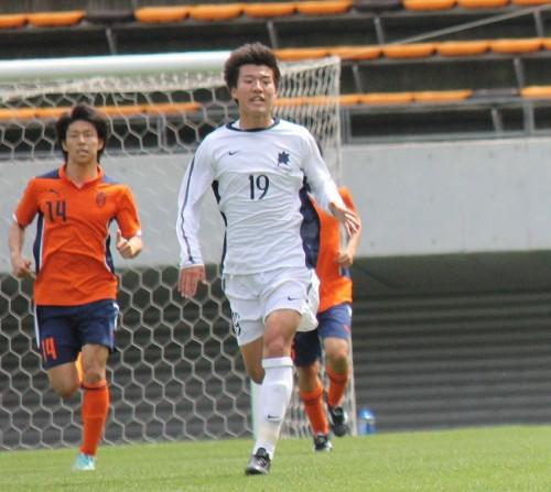 「打てば入る」平野佑一の豪快ミドルで国士舘大が2連勝/関東大学リーグ